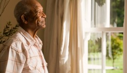 How to help seniors beat the heat