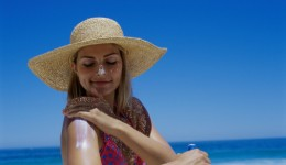 Regular sunscreen use slows skin aging, study finds