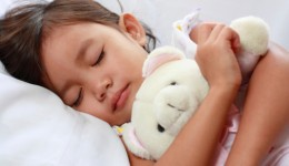 Kids eat better with more Zzz's