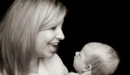 Baby talk gets babies talking sooner