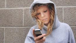 Texting program may help at-risk teen girls