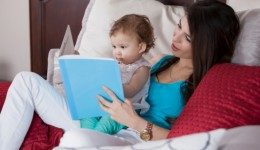 Experts urge the importance of reading to infants