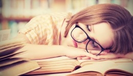 Teens who skip on sleep prone to weight gain
