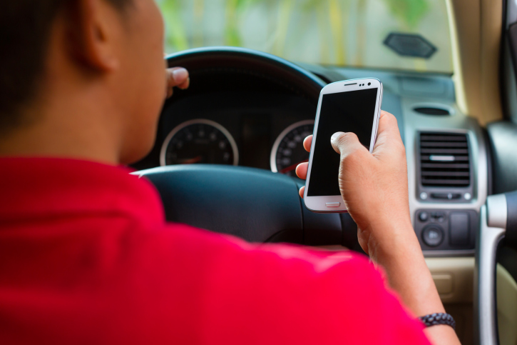 Cell phone while driving apologise