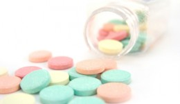 Common heartburn drugs may increase heart attack risk