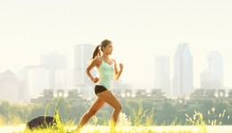 Infographic: 8 tips for safe summer running