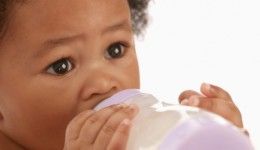 Free formula for new moms becoming more uncommon