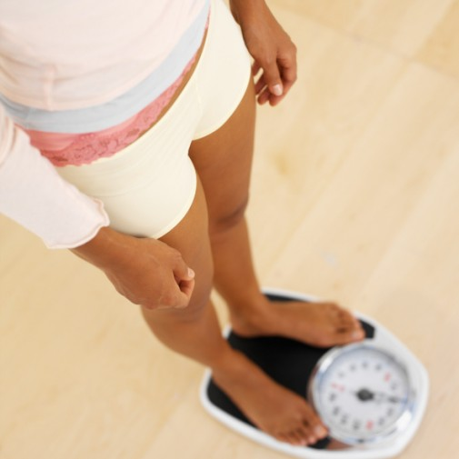 Want to lose weight? Step on the scale daily