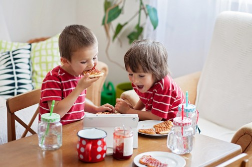 Are cartoon characters influencing kids eating habits?