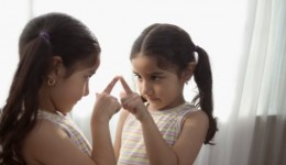 Struggles with body image can start in elementary school