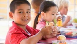 4 foods to fuel your kids' brain