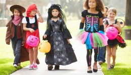 Infographic: 5 tips for a safe and spooky celebration