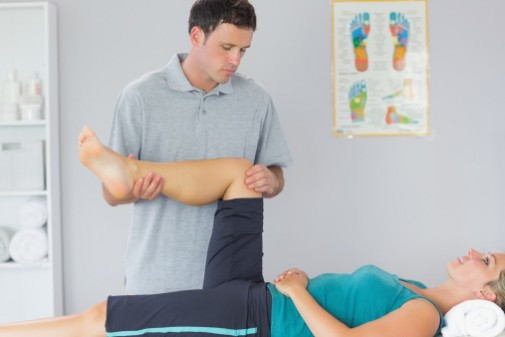 Can exercise therapy help treat hip arthritis?