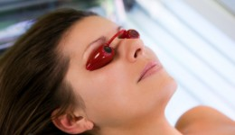 Skin cancer rates rising in young women
