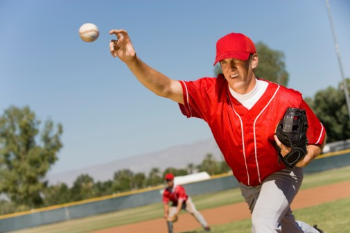 Spike in 'Tommy John' surgeries among young baseballers