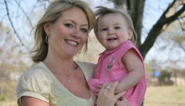 Children of older mothers have long-term advantages