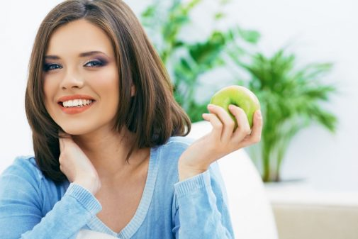 Infographic: 4 best foods for your smile