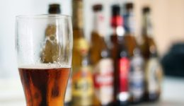10 signs you might be an alcoholic
