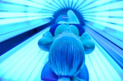An alarming connection between tanning and alcoholism