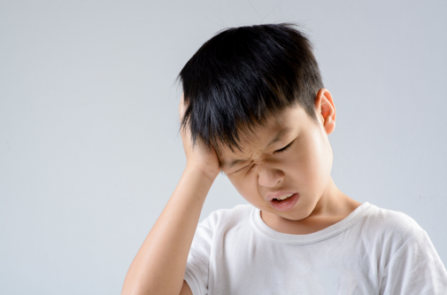 Here's when you should worry about your child's headache