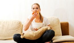 Check out these 5 ways to prevent mindless eating