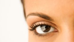 8 signs you need to see your eye doctor