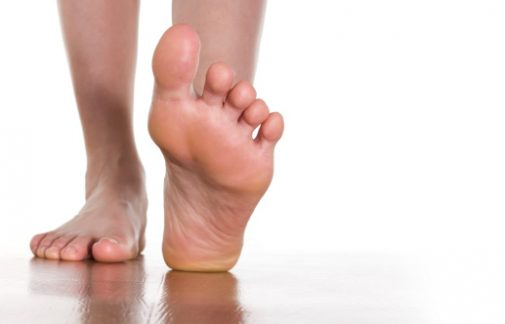 5 tips to keep your feet happy