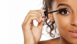 Is sleeping in mascara dangerous?