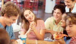 Does social media make you eat more junk food?