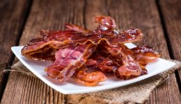 Just 1 slice of bacon per day could put you at higher risk for this